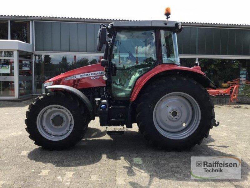 Traktor des Typs Massey Ferguson 5710S Dyna4 Ef, Gebrauchtmaschine in Trendelburg (Bild 1)