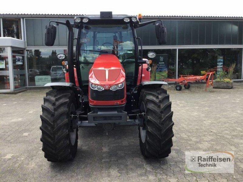 Traktor des Typs Massey Ferguson 5710S Dyna4 Ef, Gebrauchtmaschine in Trendelburg (Bild 3)