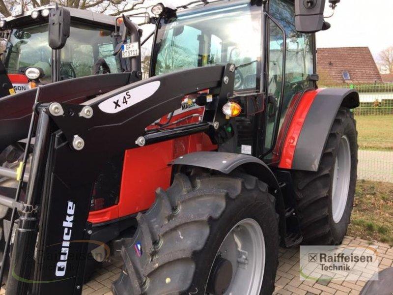 Traktor des Typs Massey Ferguson 5711 Dyna-4 Essential, Gebrauchtmaschine in Müden/Aller (Bild 1)