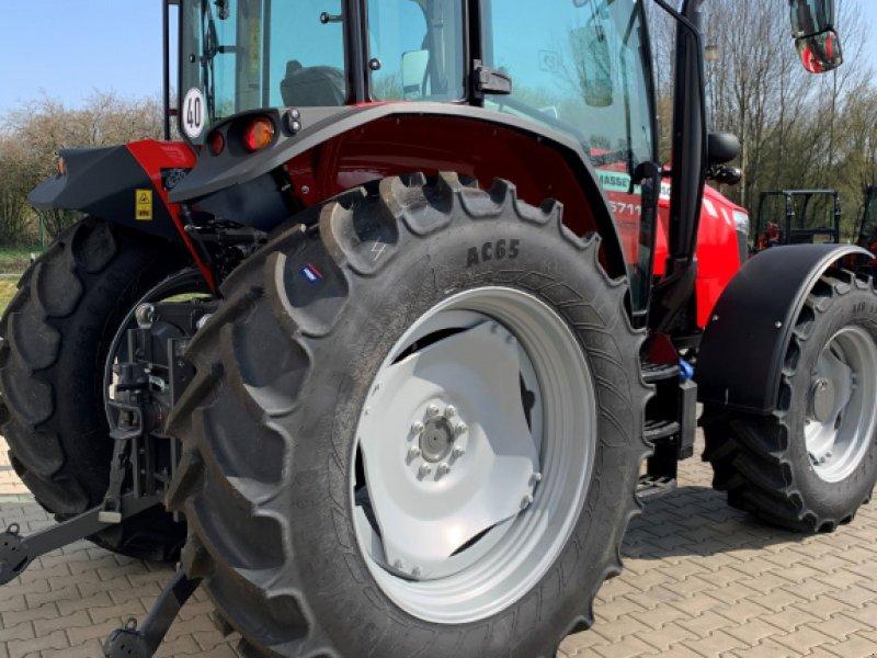 Traktor a típus Massey Ferguson 5711 Dyna 4, Neumaschine ekkor: Sulingen (Kép 7)