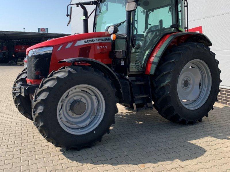 Traktor a típus Massey Ferguson 5711 Dyna 4, Neumaschine ekkor: Sulingen (Kép 3)