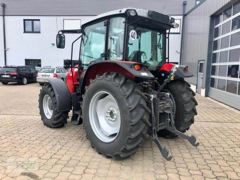 Traktor des Typs Massey Ferguson 5711 Global, Gebrauchtmaschine in Coppenbruegge (Bild 4)