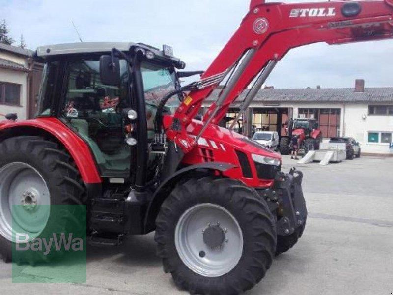 Traktor des Typs Massey Ferguson 5711 SL DYNA-6 EFFICIENT, Gebrauchtmaschine in Schwarzenfeld (Bild 1)