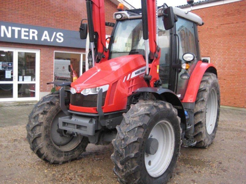 Traktor des Typs Massey Ferguson 5712 SL, Gebrauchtmaschine in Videbæk (Bild 1)