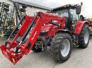 Traktor typu Massey Ferguson 5713 EF, Gebrauchtmaschine w Blentarp