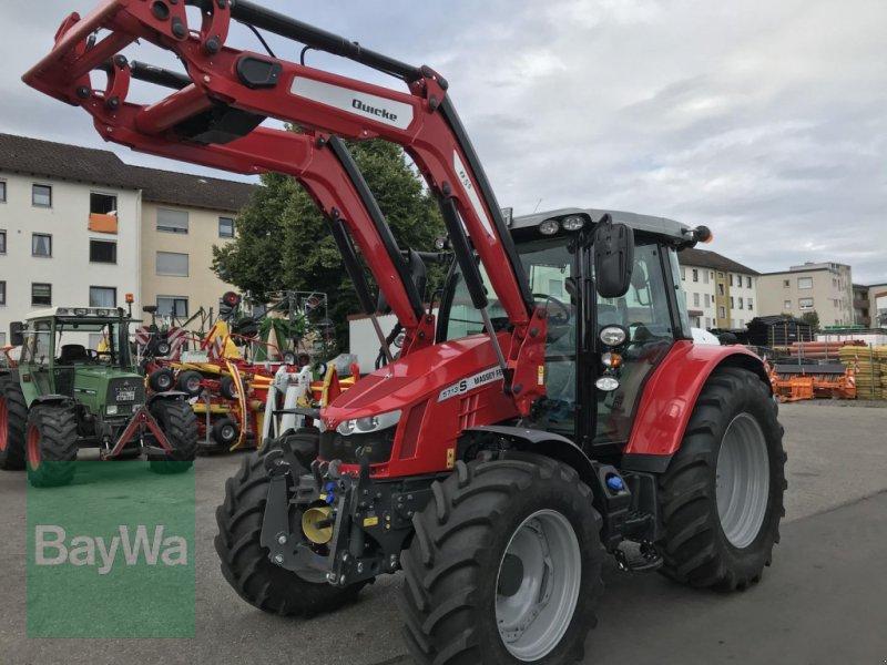 Traktor des Typs Massey Ferguson 5713S DYNA-6 EFFICIENT, Neumaschine in Erding (Bild 1)