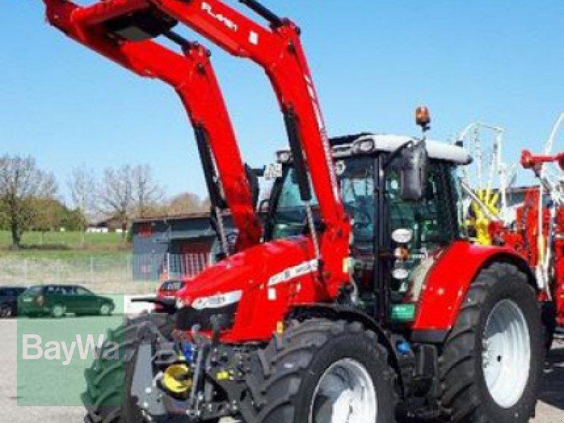 Traktor des Typs Massey Ferguson 5713S DYNA-6 EFFICIENT, Gebrauchtmaschine in Wolfratshausen (Bild 1)