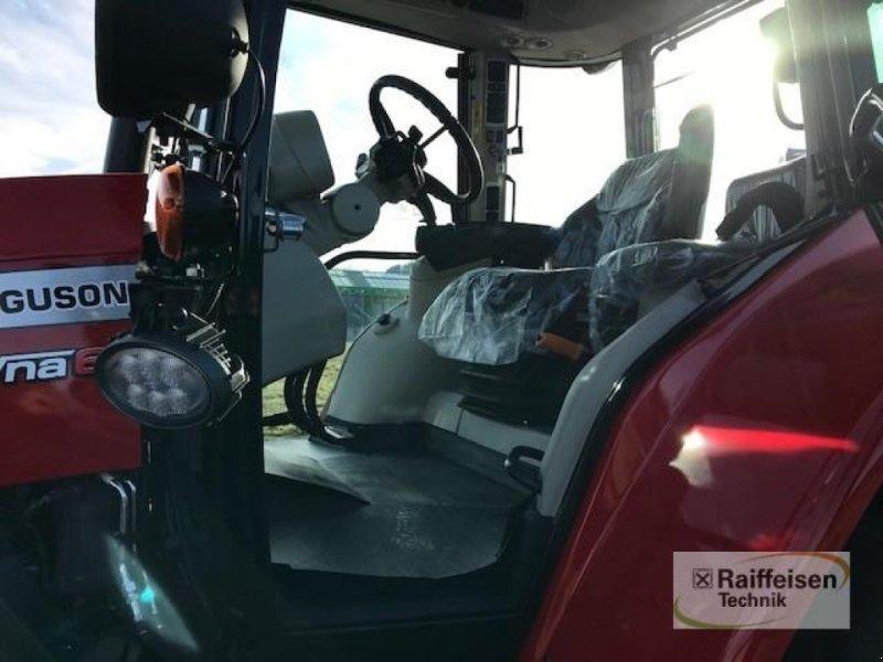 Traktor des Typs Massey Ferguson 5713S Dyna-6 Efficient, Gebrauchtmaschine in Eslohe (Bild 8)