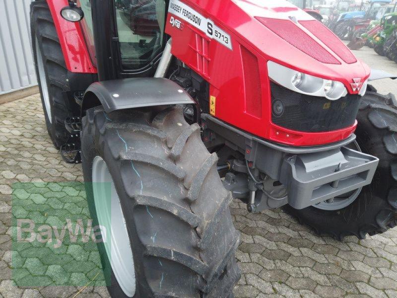 Traktor des Typs Massey Ferguson 5713S DYNA-6 EFFICIENT, Gebrauchtmaschine in Manching (Bild 12)