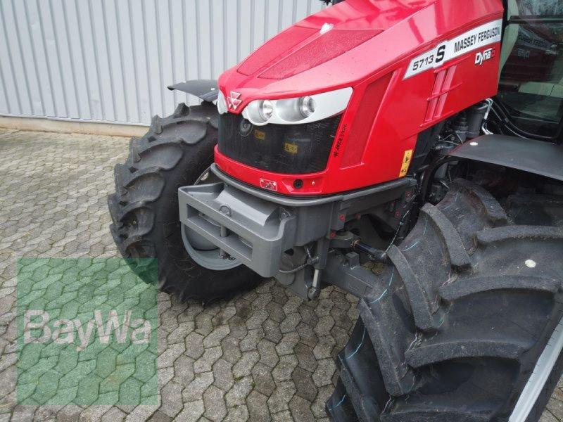 Traktor des Typs Massey Ferguson 5713S DYNA-6 EFFICIENT, Gebrauchtmaschine in Manching (Bild 3)