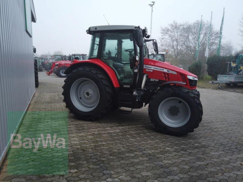Traktor des Typs Massey Ferguson 5713S DYNA-6 EFFICIENT, Gebrauchtmaschine in Manching (Bild 13)