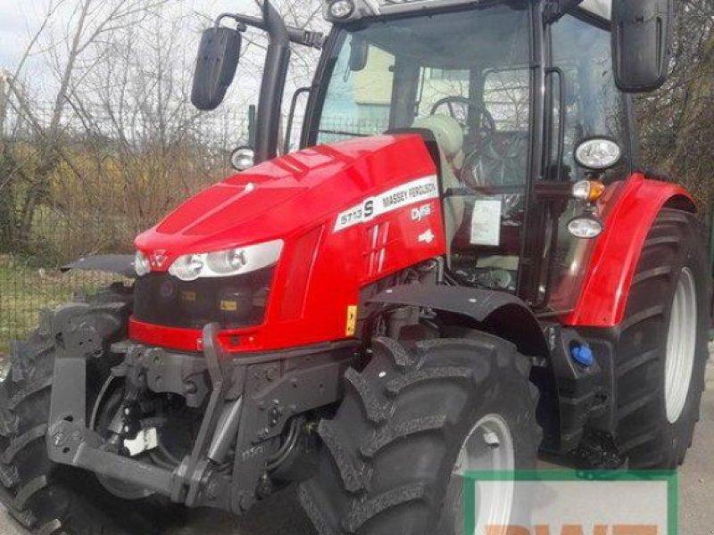 Traktor des Typs Massey Ferguson 5713S Dyna-6 EFFICIENT, Neumaschine in Kruft (Bild 1)
