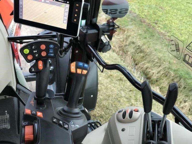 Traktor des Typs Massey Ferguson 5713S Dyna-6, Gebrauchtmaschine in Ansbach (Bild 11)