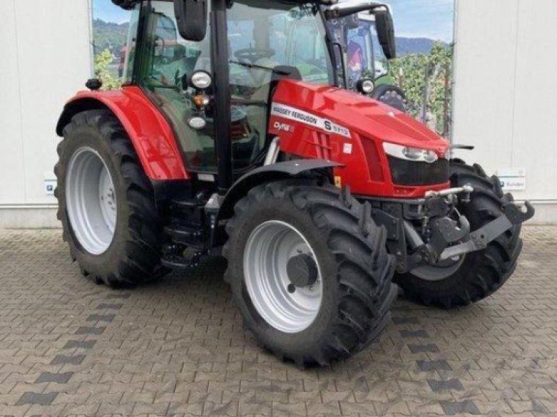 Traktor des Typs Massey Ferguson 5713S, Vorführmaschine in Gundersheim (Bild 1)