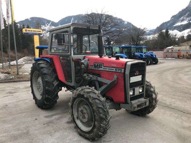 Traktor des Typs Massey Ferguson 575 Allrad, Gebrauchtmaschine in Burgkirchen (Bild 1)