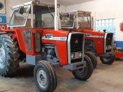 Massey Ferguson 575 oder 590 Traktor
