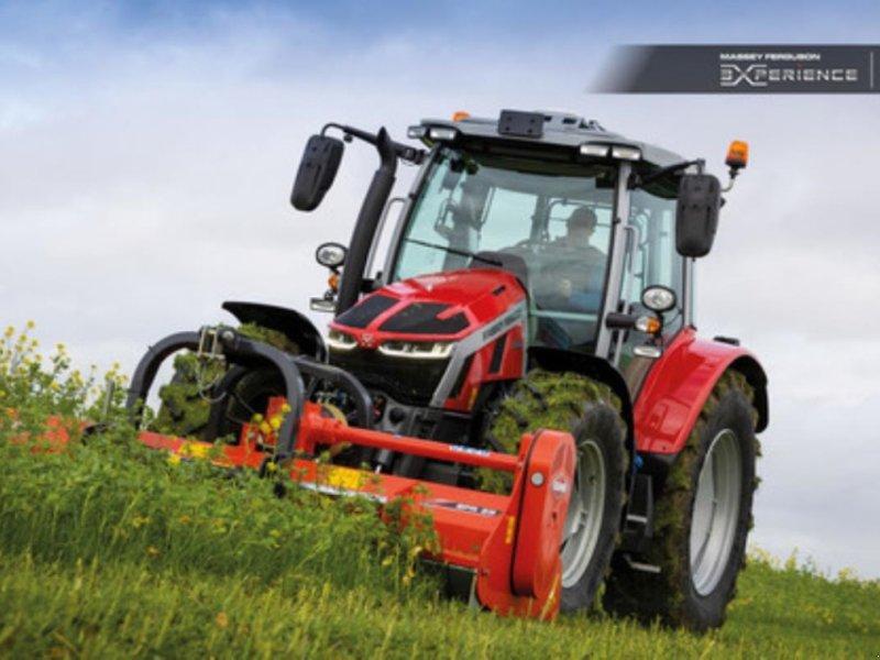 Traktor des Typs Massey Ferguson 5S 125 D4 EFFICIENT, Gebrauchtmaschine in Jelling (Bild 1)