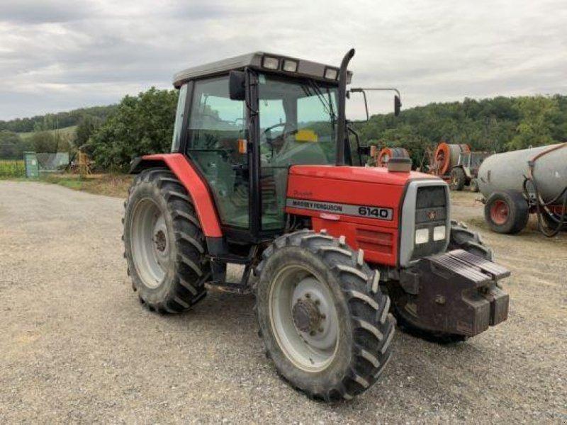 Traktor des Typs Massey Ferguson 6140 Dynashift, Gebrauchtmaschine in MONFERRAN (Bild 1)