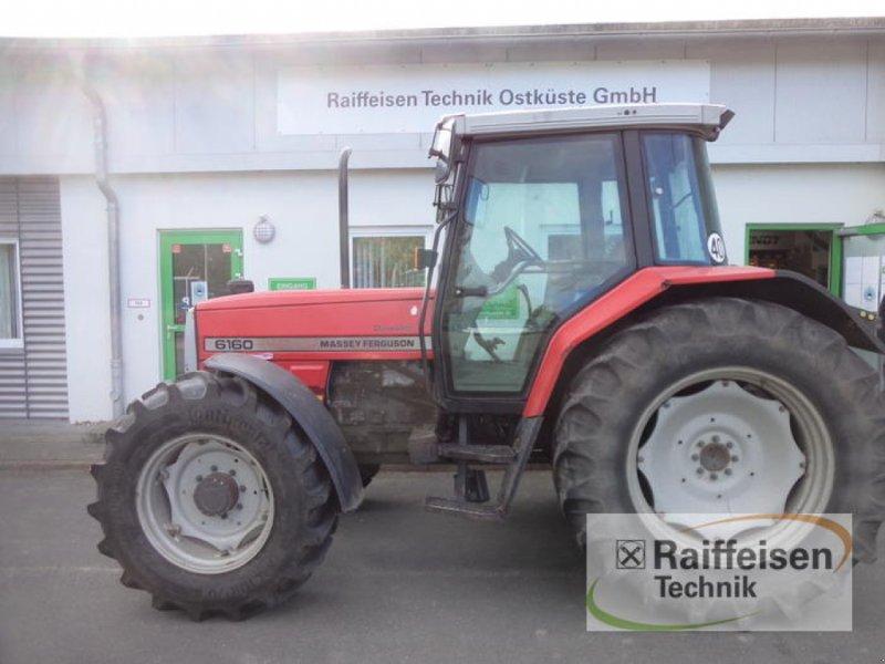 Traktor des Typs Massey Ferguson 6160 Dynashift, Gebrauchtmaschine in Eckernförde (Bild 4)
