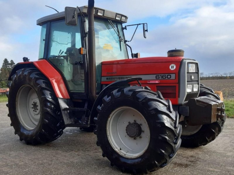 Traktor des Typs Massey Ferguson 6160, Gebrauchtmaschine in Itterbeck (Bild 1)