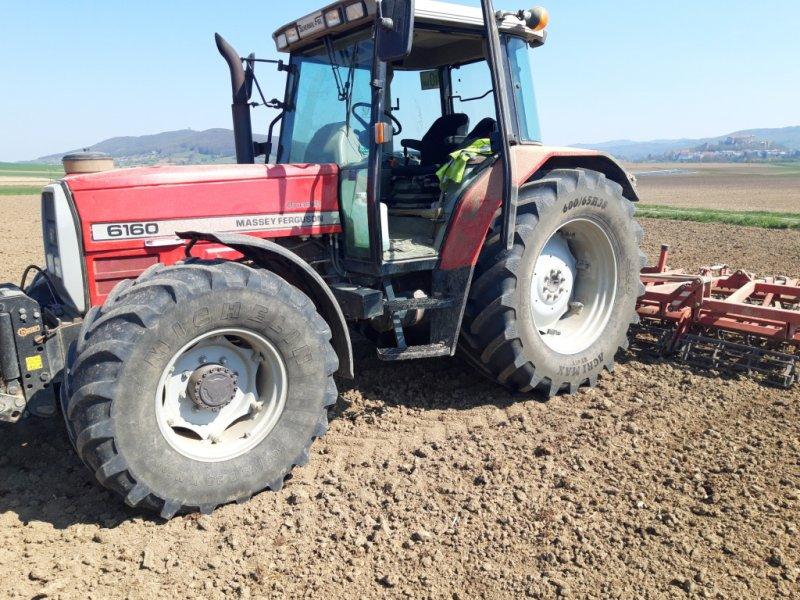 Traktor des Typs Massey Ferguson 6160, Gebrauchtmaschine in Neulengbach (Bild 1)