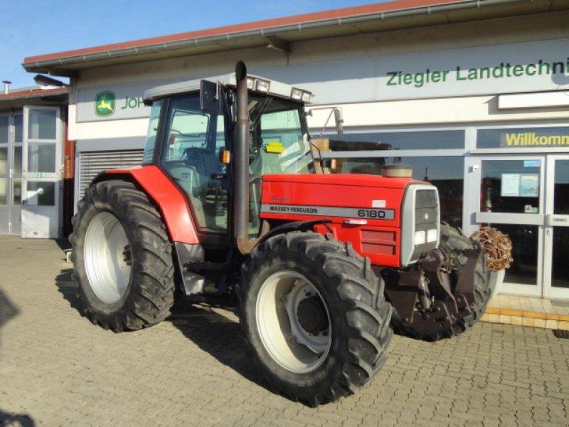 Traktor типа Massey Ferguson 6180, Gebrauchtmaschine в Kandern-Tannenkirch (Фотография 1)