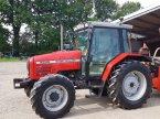 Traktor του τύπου Massey Ferguson 6245 σε BEAUPREAU