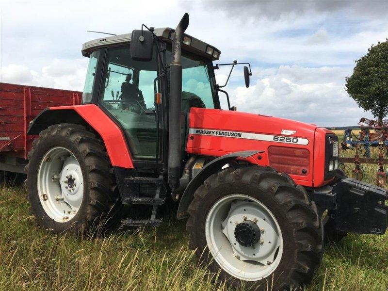 Traktor des Typs Massey Ferguson 6260 Helt nye dæk, Gebrauchtmaschine in øster ulslev (Bild 1)