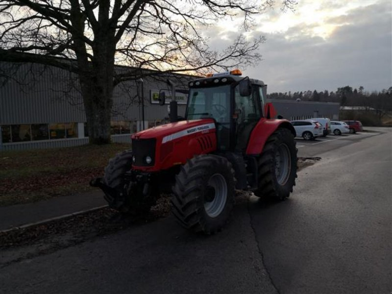 Traktor типа Massey Ferguson 6480 DYNA-6 TRAKTOR FR.LYFT, Gebrauchtmaschine в  (Фотография 1)