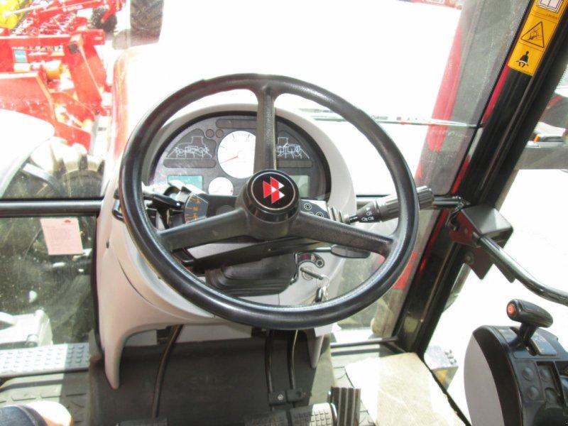 Traktor des Typs Massey Ferguson 6480 Dyna 6, Gebrauchtmaschine in Wülfershausen an der Saale (Bild 5)