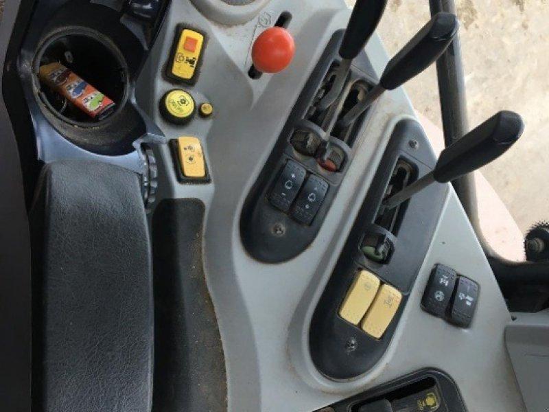 Traktor des Typs Massey Ferguson 6480, Gebrauchtmaschine in Thornbury (Bild 9)