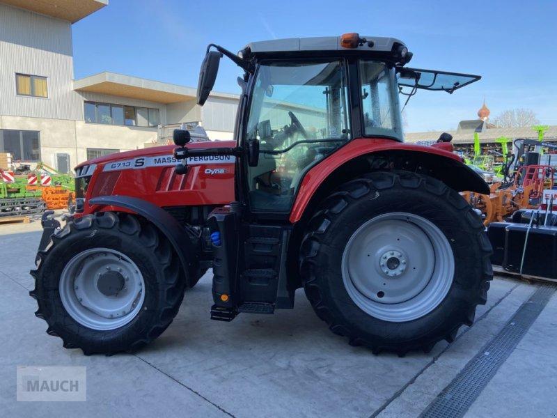Traktor des Typs Massey Ferguson 6713S Dyna 6 S5 Euroline, Neumaschine in Burgkirchen (Bild 4)
