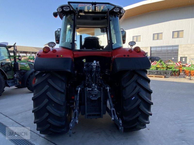 Traktor des Typs Massey Ferguson 6713S Dyna 6 S5 Euroline, Neumaschine in Burgkirchen (Bild 7)