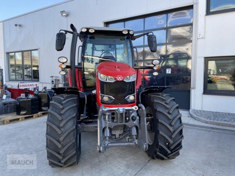 Traktor des Typs Massey Ferguson 6713S Dyna 6 S5 Euroline, Neumaschine in Burgkirchen (Bild 2)
