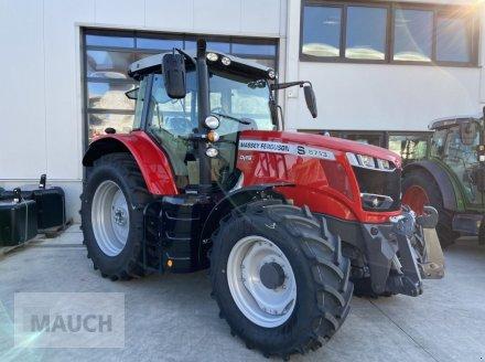 Traktor des Typs Massey Ferguson 6713S Dyna 6 S5 Euroline, Neumaschine in Burgkirchen (Bild 1)