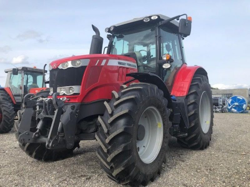 Traktor des Typs Massey Ferguson 6714 S, Gebrauchtmaschine in VOLGELSHEIM (Bild 1)