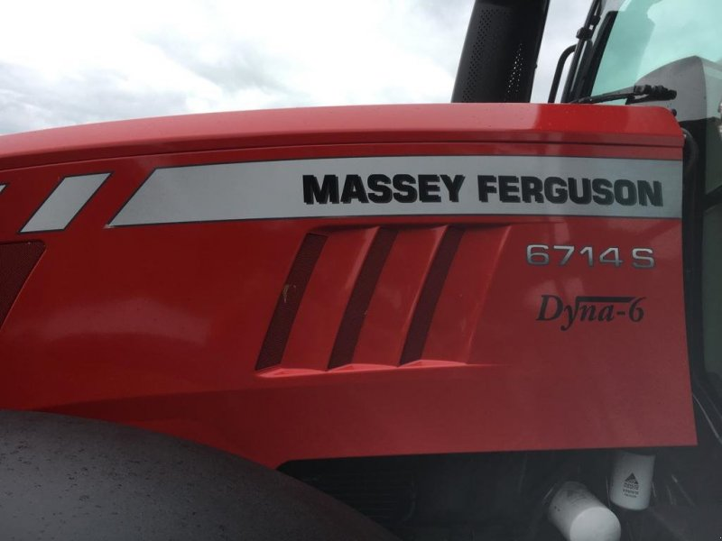Traktor типа Massey Ferguson 6714 S, Gebrauchtmaschine в Albbruck (Фотография 4)