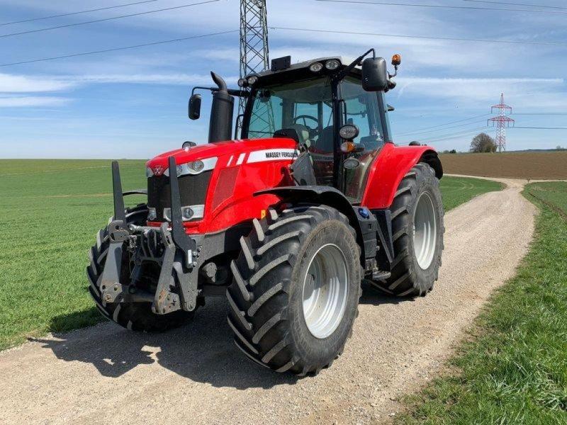 Traktor des Typs Massey Ferguson 6715 S, Gebrauchtmaschine in Mauerkirchen (Bild 1)