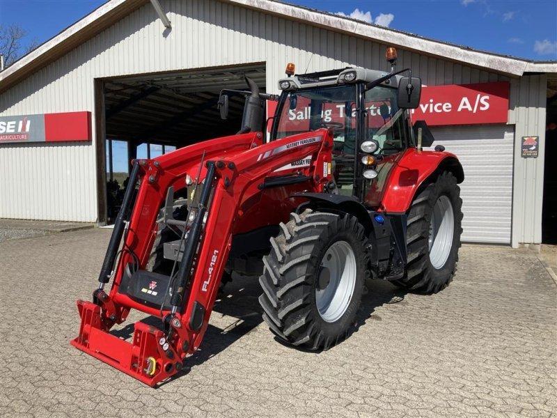 Traktor типа Massey Ferguson 6715S Dyna 6 Med MF FL4121 (Ålø Q5S) frontlæsser., Gebrauchtmaschine в Spøttrup (Фотография 1)