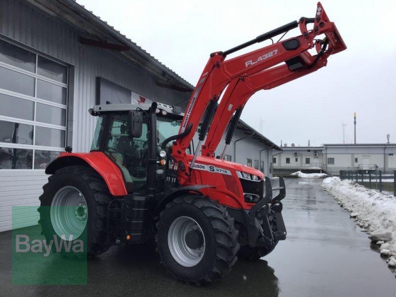 Traktor des Typs Massey Ferguson 6718S DYNA-VT EXCLUSIVE, Vorführmaschine in Mühlhausen (Bild 1)