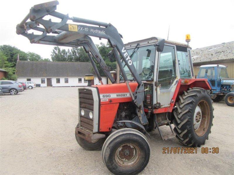 Traktor des Typs Massey Ferguson 690 Turbo, Speedshift Frontlæsser med redskaber, Gebrauchtmaschine in Høng (Bild 1)