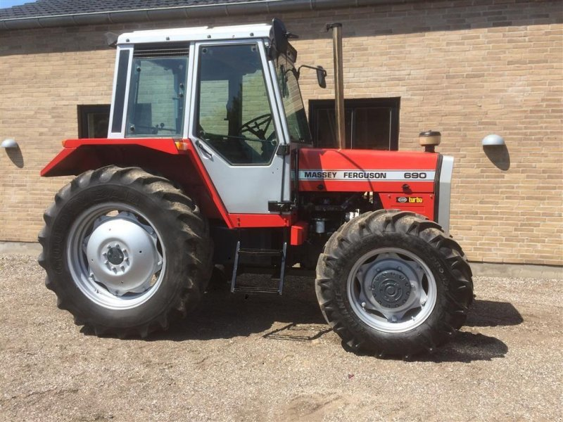 Traktor des Typs Massey Ferguson 690 Turbo, Gebrauchtmaschine in Horsens (Bild 1)
