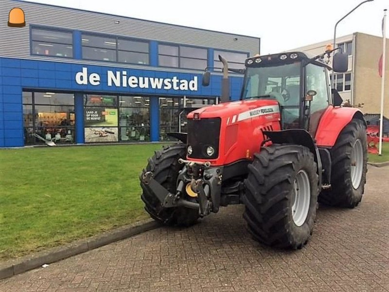 Traktor типа Massey Ferguson 7495, Gebrauchtmaschine в Zoetermeer (Фотография 1)