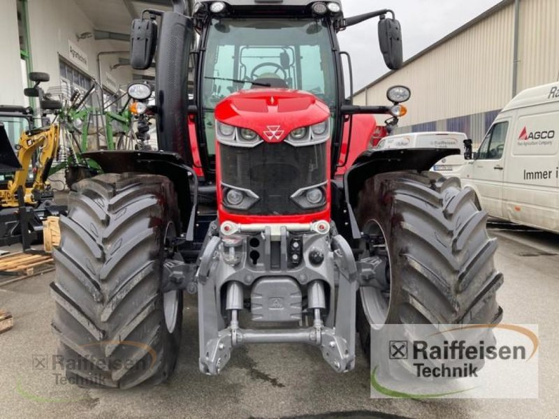 Traktor des Typs Massey Ferguson 7718 Dyna-VT Efficient, Gebrauchtmaschine in Bad Hersfeld (Bild 2)