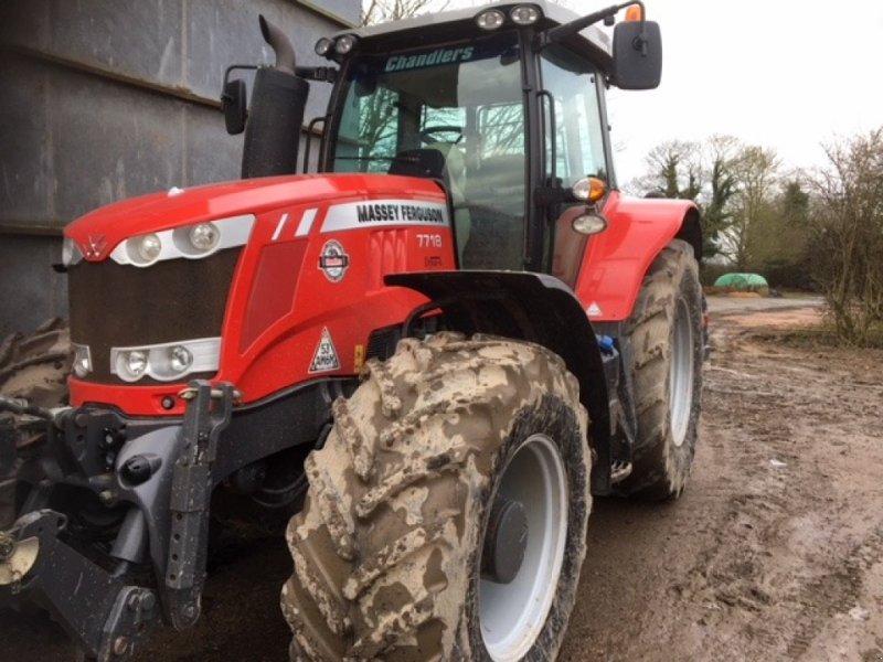 Traktor of the type Massey Ferguson 7718 EFD6, Gebrauchtmaschine in Grantham (Picture 1)