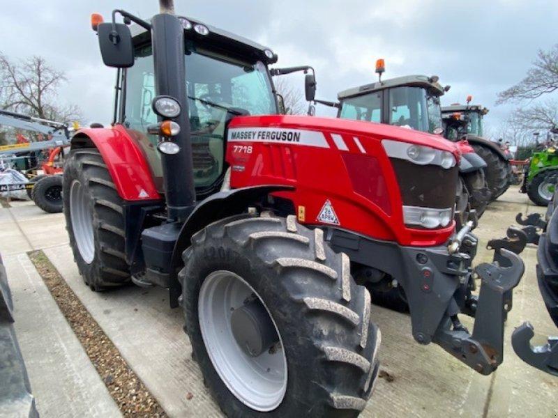 Traktor des Typs Massey Ferguson 7718, Gebrauchtmaschine in Wallingford (Bild 1)