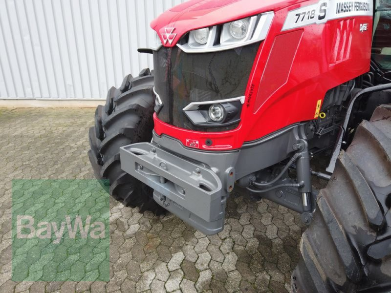 Traktor des Typs Massey Ferguson 7718S DYNA-6 EFFICIENT, Gebrauchtmaschine in Manching (Bild 7)
