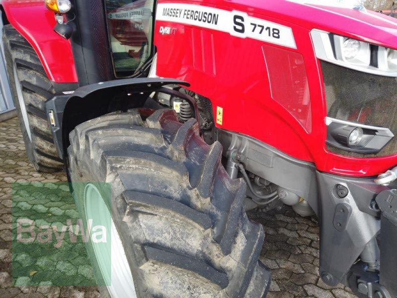 Traktor des Typs Massey Ferguson 7718S DYNA-VT EXCLUSIVE, Gebrauchtmaschine in Manching (Bild 12)