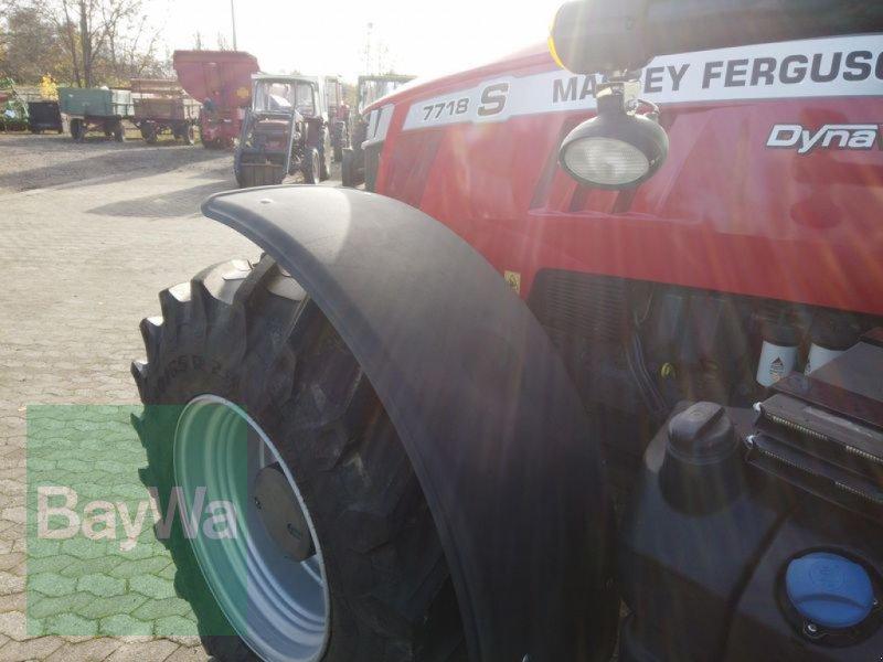 Traktor des Typs Massey Ferguson 7718S DYNA-VT EXCLUSIVE, Gebrauchtmaschine in Manching (Bild 3)