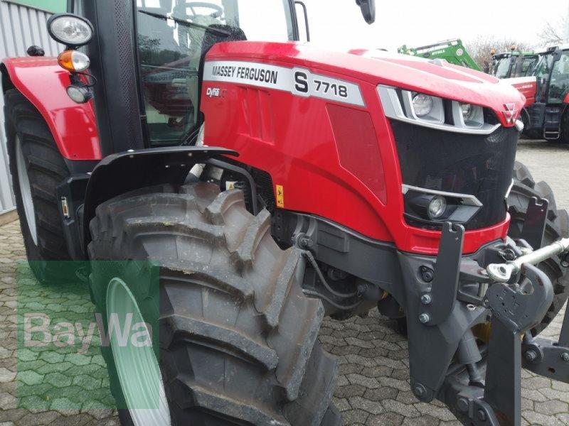 Traktor des Typs Massey Ferguson 7718S DYNA-VT EXCLUSIVE, Gebrauchtmaschine in Manching (Bild 18)